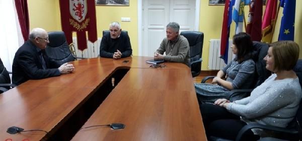 Prijam predstavnika Udruge slijepih Ličko-senjske županije u Uredu gradonačelnika Otočca