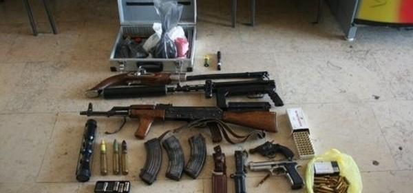 Pretragom pronađeno oružje i eksplozivne tvari