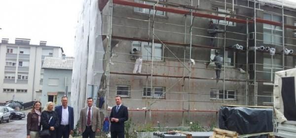 Korenica uskoro bogatija za veći broj obnovljenih stanova