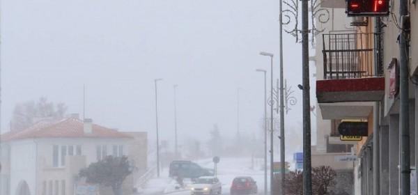 U Senju bura, mećava i snijeg