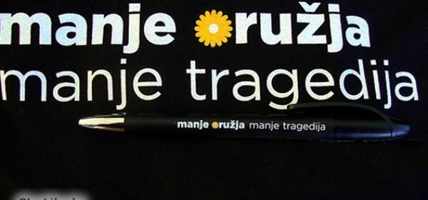 Manje oružja - manje tragedija