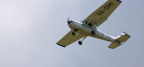 Natjecanje u preciznom slijetanju aviona na Aerodromu Otočac