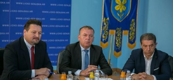 Podijeljene Odluke o sufinanciranju komunalnih projekata u Ličko-senjskoj županiji