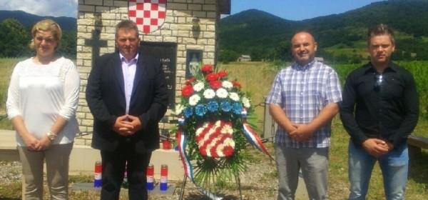 U spomen na nevine žrtve nekažnjenog partizanskog zločina sveta misa u Brinju