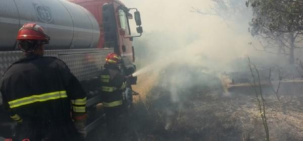 Treća noć ličko-senjskih vatrogasaca na požarištu u okolici Splita