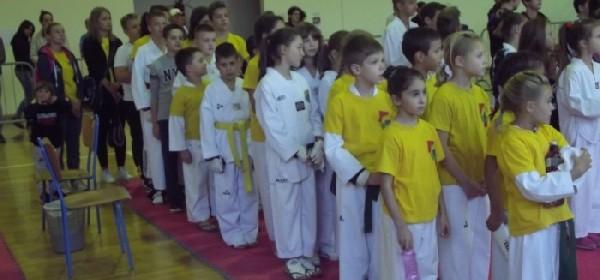 Na 3.Adidas–Brinje Open taekwondo klub Gacka zauzeli su ekipno 1.mjesto
