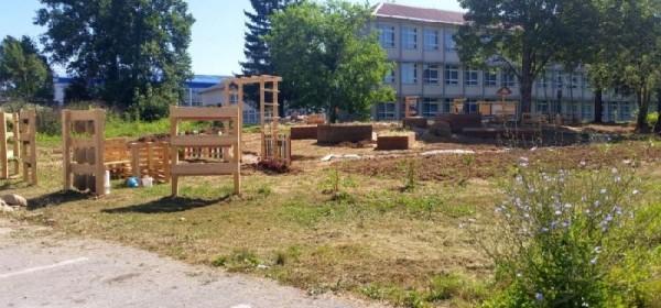 Volonterska akcija obnove Urbanog vrta