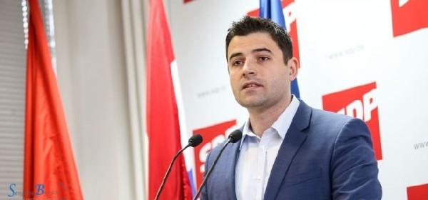 Danas Davor Bernardić predsjednik SDP Hrvatske u Senju