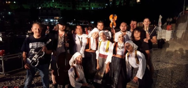 """Razbijači čaša"" na Etnofest Neum 2017"