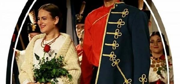 U našoj svadbenoj nošnji Slavonke idu u polje!!