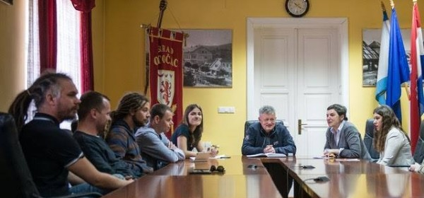 Mladi Otočani u tri internacionalna programa