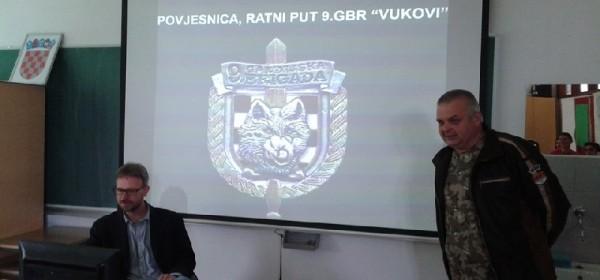 Učenici slušali o ratnom putu Vukova