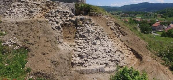 Izronili izvorni obrisi palasa Sokolca