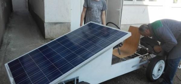 Otočki solarni automobil na utrci u Sisku!