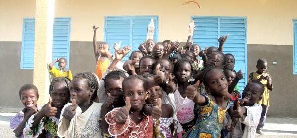 Otočki osnovnoškolci za školarce u Burkini Faso