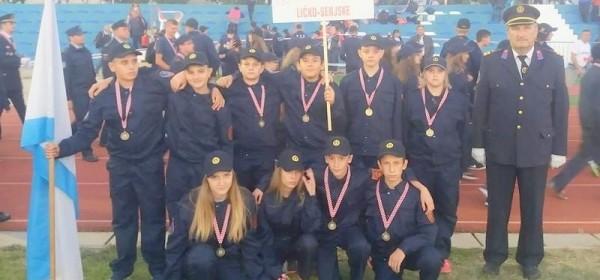 Senjani na 13. Državnom natjecanju za vatrogasnu mladež u Zadru branili boje grada