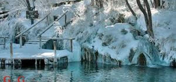 Visok snijeg na Plitvičkim jezerima