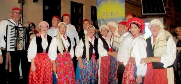 KUU Zora s Oliba na Ekoetno Gacka - prva večer