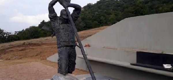 U subotu Grabar-Kitarović otkriva spomenik na Ljubovu