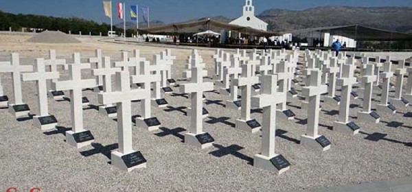 Biskup Bogović na Bilima: Pokopati mrtve je općeljudski zakon