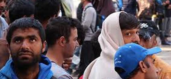 U Lici uhićeno 35 ilegalnih migranata: Šatore podigli na miniranom području