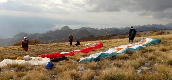 Leteći medvjedići na paragliding Hike & Fly utrka Libinje – Rovanjska