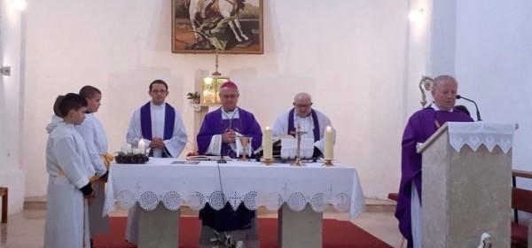 Križić blagoslovio obnovljenu crkvu u Jezeranama