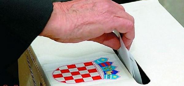 Za Županijsku skupštinu Ličko-senjske županije deset kandidacijskih lista