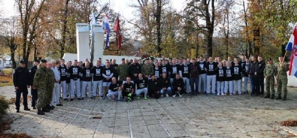 Maraton iz Otočca do Gospića za 56 poginulih pripadnika 9.GBR Vukovi