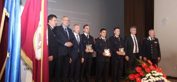U Otočcu održana Svečana sjednica Skupštine Hrvatske vatrogasne zajednice