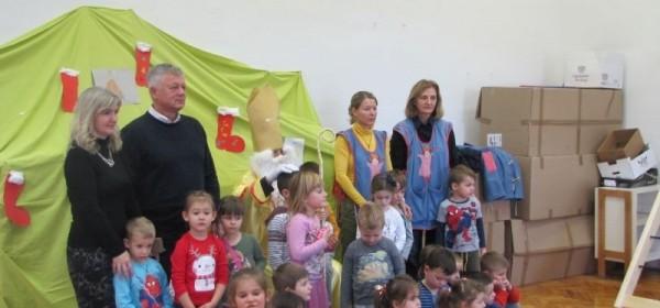 """Zamjenik gradonačelnika Janković jučer povodom sv.Nikole posjetio Dječji vrtić """"Ciciban"""""""