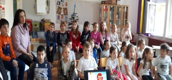 Školski medni dan u Senju