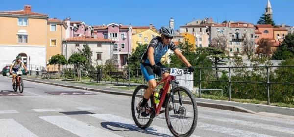 """Barkanovci aktivni - uspon na Tulove Grede i na međunarodnoj utrci u Istri """"Valamar Terra Magica"""""""