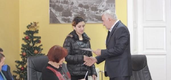 Gradonačelnik Kostelac darivao obitelji s petero i više djece