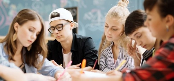 Što HZZZ predlaže u svezi upisa u škole?