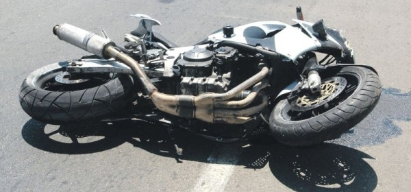 Ponovno pad motociklista s motora