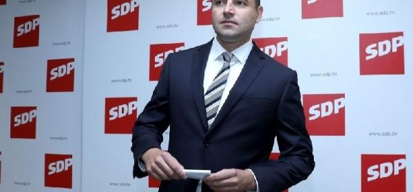 Predsjednik SDP-a Davor Bernardić u nedjelju u Otočcu