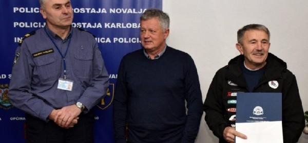 U Policijskoj upravi ličko-senjskoj uručena priznanja savjesnim vozačima