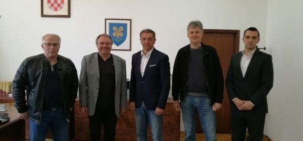 Voljen Grbac i Robert Grubićić na prijamu kod župana Milinovića