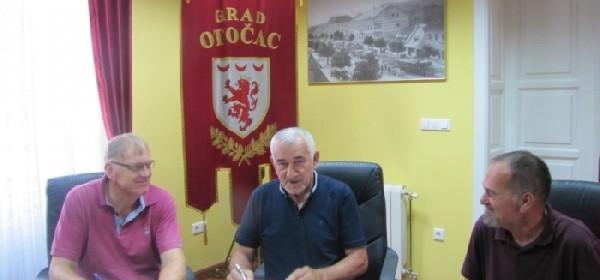 Gradonačelnik Kostelac potpisao ugovor o rekonstrukciji ul. Bartola Kašića
