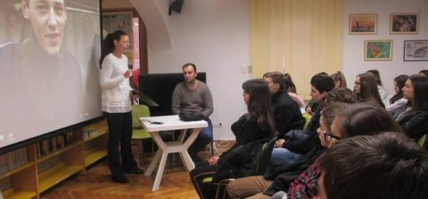"Edukativni film i predavanje ""U čast vukovarskom heroju Jean Michelu Nicolieru"" u Gradskoj knjižnici Senj"