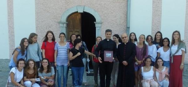 Volontiranje članova Crvenog križa i članova Opus Dei iz Španjolske