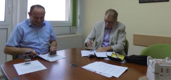 Potpisan ugovor o javnoj nabavi radova uređenja pretprostora Pavlinskog trga u Senju