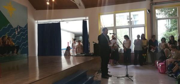 Gradonačelnik grada Senja Sanjin Rukavina ispratio prvašiće u nove školske pobjede