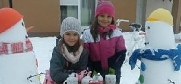 Čajanka kod snjegovića
