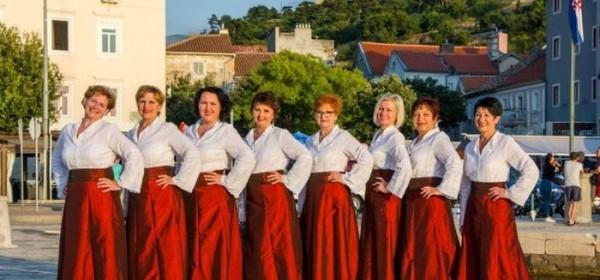 """Koncert ženske klape """"Senjkinje"""" povodom 25 godina rada"""