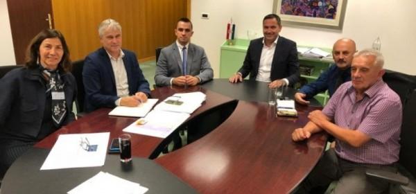 Kustić i Starčević dogovorili veliku investiciju za Gospić: 4,7 milijuna kuna za kanalizacijski sustav Budačke ulice