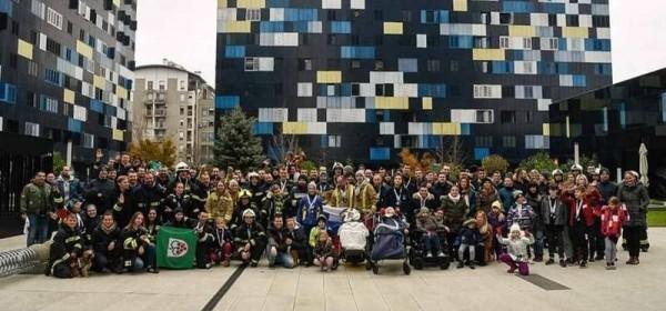 Davor Lopac i Marko Ferro iz senjskog DVD-a na humanitarnoj utrci Firefighter Stair Challenge u Zagrebu