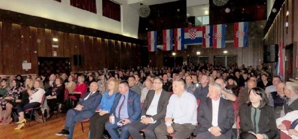 Starčević: Glas za HSP je glas za prestanak dosadašnje politike nepotizma, nerada i lopovluka