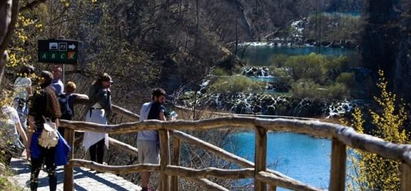 10. travnja zatvorena Donja jezera